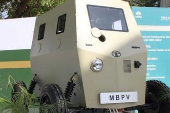 Belső térbe való páncélautót fejleszt a Tata