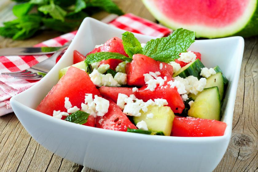 görögdinnyés uborkás saláta recept ok