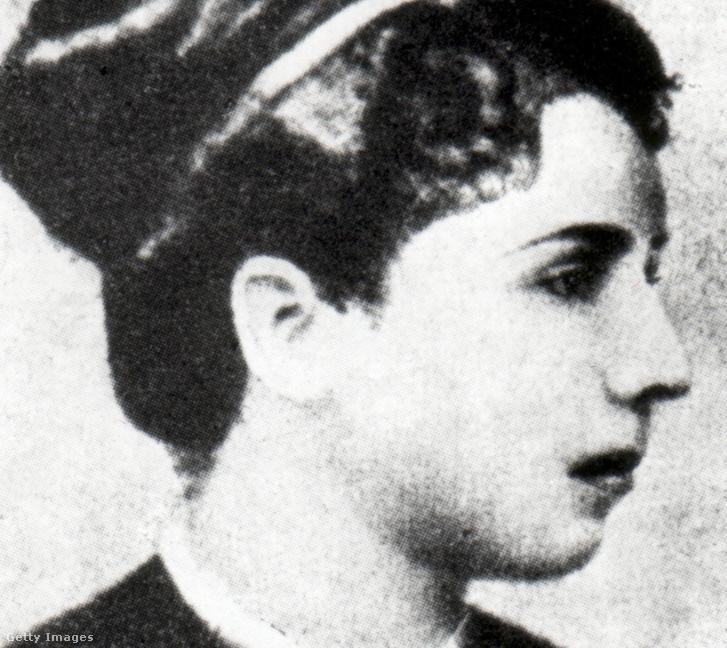 Elisabeth Dmitrief