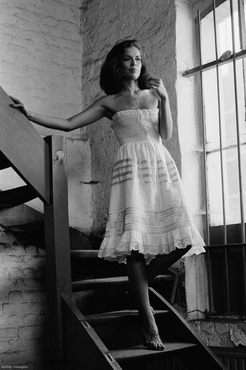 Bianca fiatalkorában sugárzó szépségű nő volt, nem csoda, hogy Mick Jagger fejét is elcsavarta. A stílusát már akkor is a dívás, elegáns darabok jellemezték. A fotó 1978-ban készült.