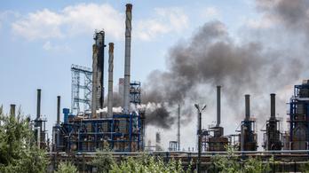 Robbanás Románia legnagyobb olajfinomítójában, halálos áldozat is van