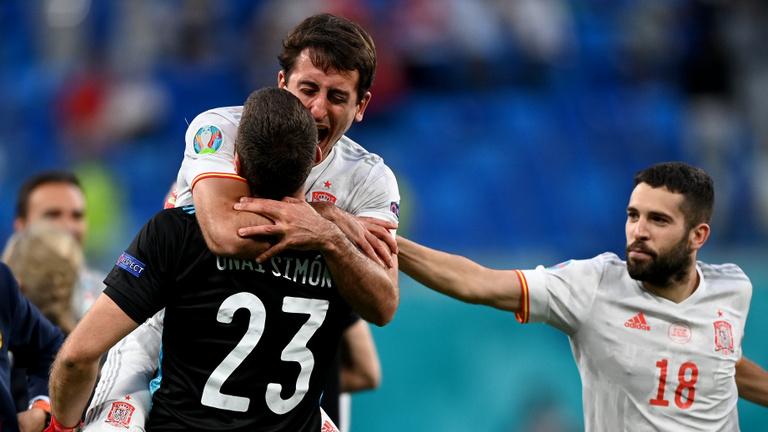 Drámai tizenegyespárbaj után elődöntős Spanyolország