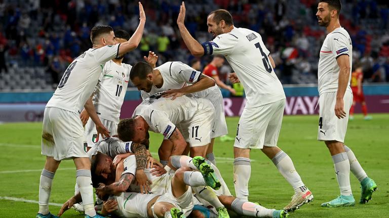 Elvérzett a világranglista-vezető, elődöntős Olaszország