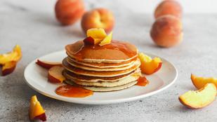 Reggeli zabpalacsinta vaníliás-nektarinos raguval