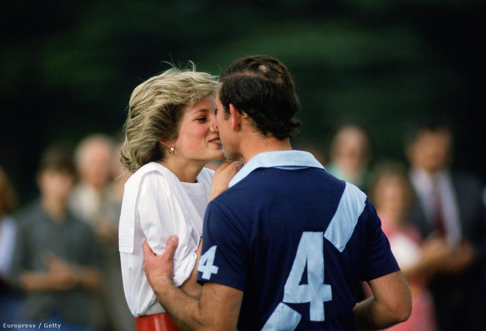 1985. Diana hercegnő és Károly herceg, aki épp megnyert egy krikett mérkőzést Cirencesterben.