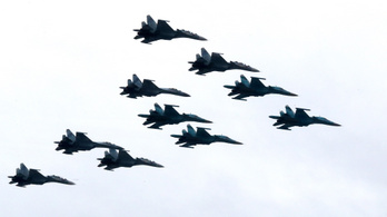 Nagyszabású orosz hadgyakorlat a Fekete-tengeren