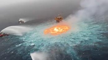 Már a tenger is égett a Mexikói-Öbölben