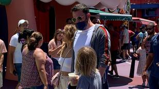 JLo és Ben Affleck egymás után szervezik a családos programokat