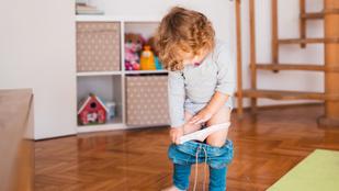 Miért fogdossa magát a gyerekem? – 5 tipp, hogy jól reagálj, amikor ismerkedni kezd a testével