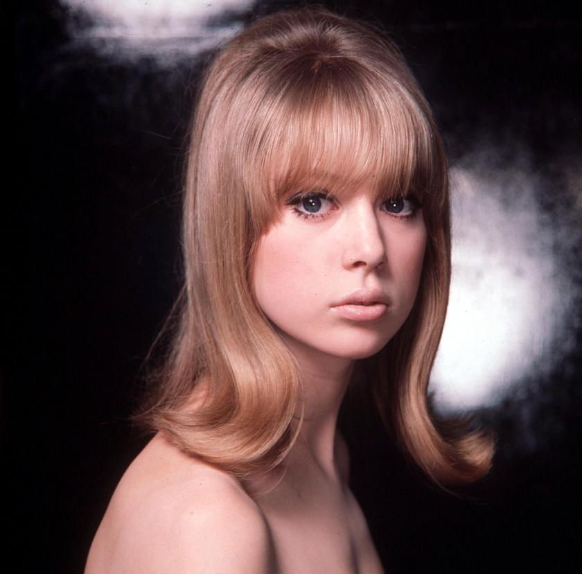 A fiatal Pattie Boyd. Modellkarrierje 1962-ben kezdődött, dolgozott Londonban, Párizsban és New Yorkban is.