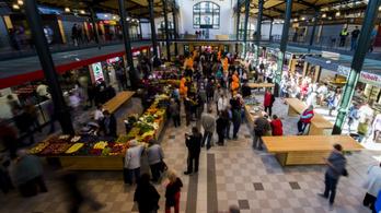 A Fidesz segítségével adhatja ki Niedermüller Péter a Klauzál téri vásárcsarnokot