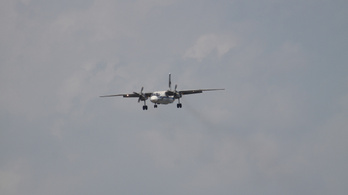 Tengerbe zuhant az eltűnt repülő