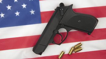 Ötszáz lövöldözéssel ünnepelték az amerikaiak a Függetlenség napját