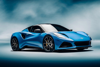 Bemutatkozik a Lotus vadiúj sportkocsija