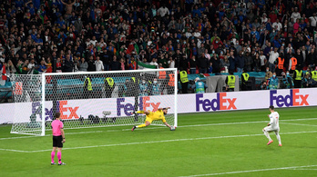 Gerard Piqué kiakadt a tizenegyespárbaj után