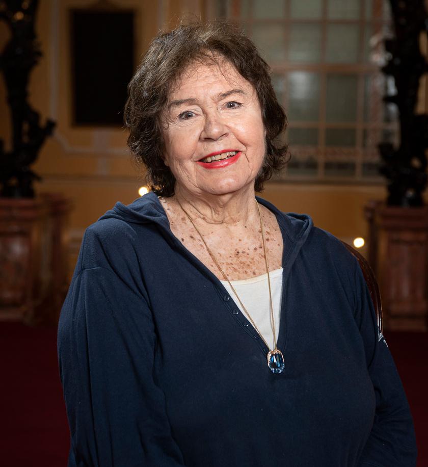 A nemzet színészévé megválasztott Lehoczky Zsuzsa színművész a Budapesti Operettszínházban 2021. május 12-én.