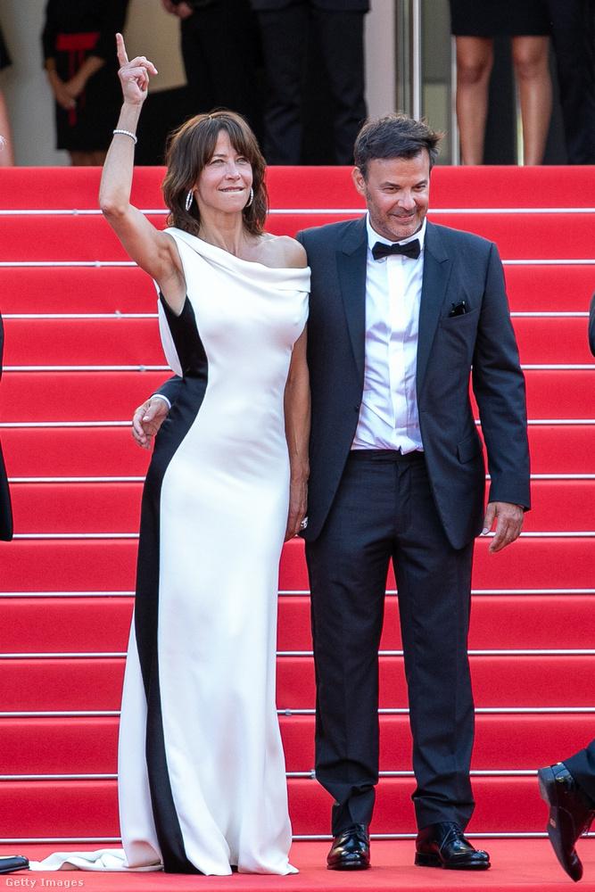 A színésznő François OzonTout s'est bien passé című filmjében szerepel, amelynek bemutatójára mennek itt éppen