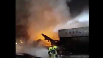 Hatalmas robbanás, a lökéshullámok Dubajt is megrázták