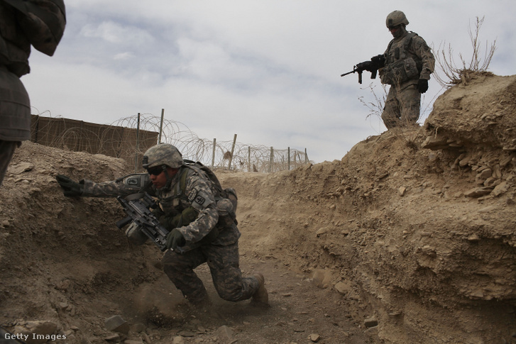 Amerikai katonák Orgune külvárosában 2010-ben