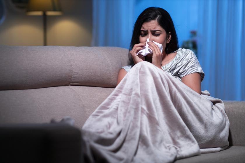 Nem csak a hőség miatt nehéz elaludni nyáron: alvászavarral is jelentkezhet a szénanátha