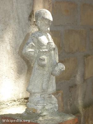 Pipás Pista szobra a székesfehérvári Bory-várban, Bory Jenő alkotása