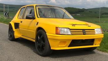 Porsche-technikát rejt a sárga Peugeot-kaszni