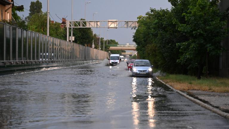 Támadnak a zivatarok, másodfokú riasztást adott ki meteorológiai szolgálat
