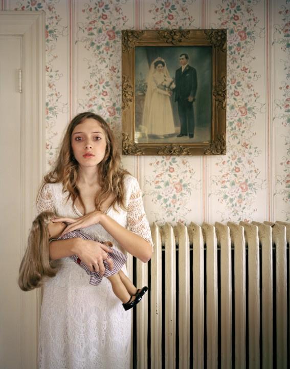 Portré, egyedi - Harmadik hely Egy amerikai babagyár olyan figurákat készít, amik pontos másai tulajdonosaiknak.