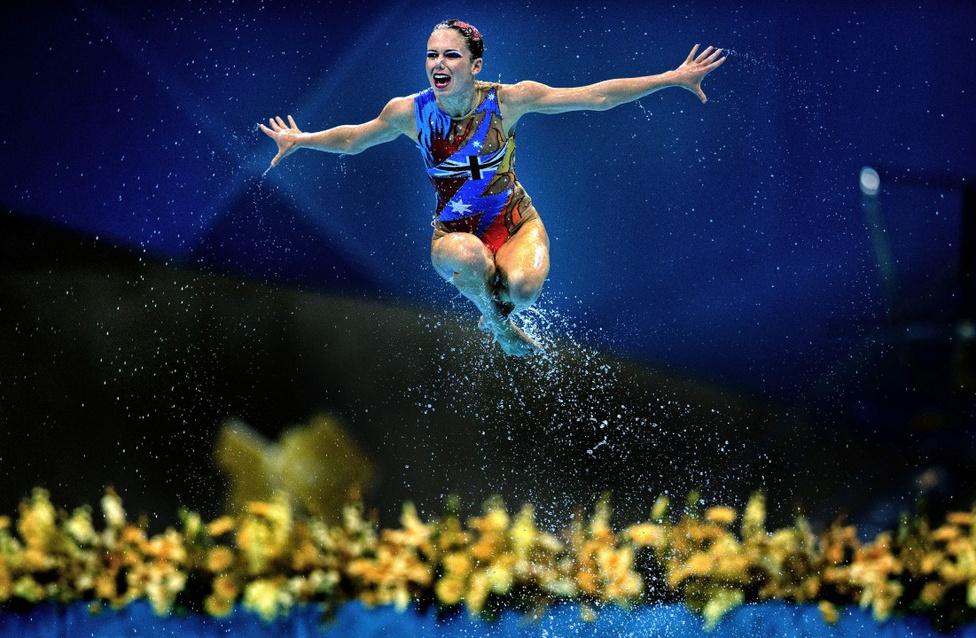 Sport, Akció - Harmadik hely Szinkronúszó a víz felett
