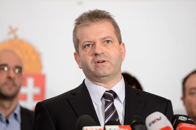 Doncsev András az Emberi Erőforrások Minisztériumának (Emmi) jelenlegi sajtófőnöke leendő parlamenti államtitkára