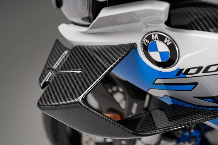 2021-BMW-M1000RR-superbike-16-scaled