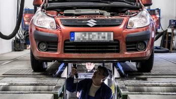 Szerverhiba miatt lassult le az autók műszaki vizsgáztatása