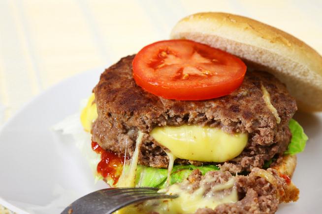 Hamburgerben tökéletes.
