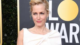 """Gillian Anderson: """"nem érdekel, ha a melleim a köldökömig lógnak, nem veszek fel melltartót"""""""