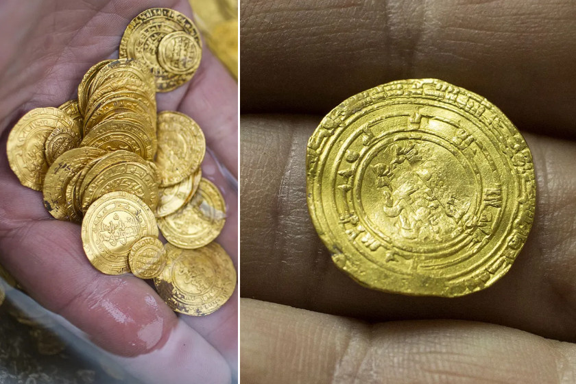 Néhány amatőr búvár azért érkezett Izraelbe, hogy szemügyre vegye az ott elsüllyedt dokk maradványait. Közelében azonban sokkal izgalmasabb dologra leltek: kétezer aranyérmét találtak, melyek i. sz. 900-ból valók, és különös ritkaságnak számítanak történészek szerint.