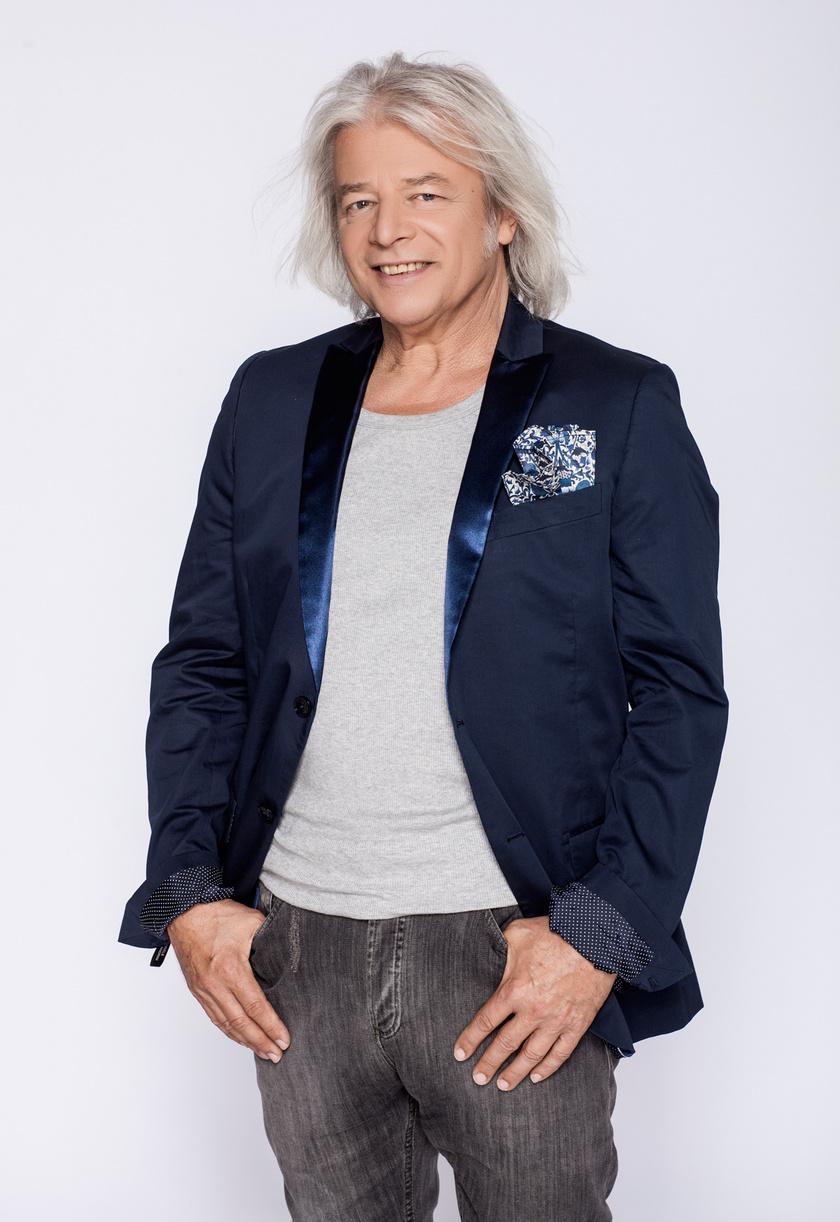 Somló Tamás 2012-ben a TV2 The Voice - Magyarország hangja című tehetségkutatójának egyik mestereként.