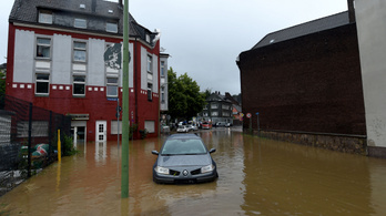 Tragédiák sora a heves esőzések miatt Németországban