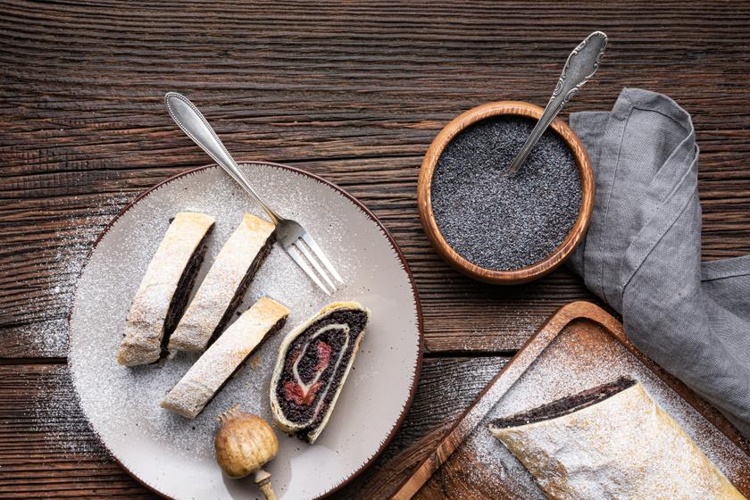 Meggyes-mákos csavart süti leveles tésztából: pillanatok alatt elkészül