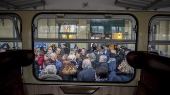 Pótlóbuszokat vetnek be a pécsi vasútvonalon