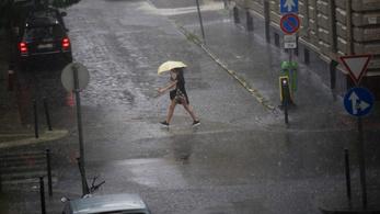 Órákon belül lecsap a vihar, az egész országban villámlás és jégeső miatt figyelmeztetnek