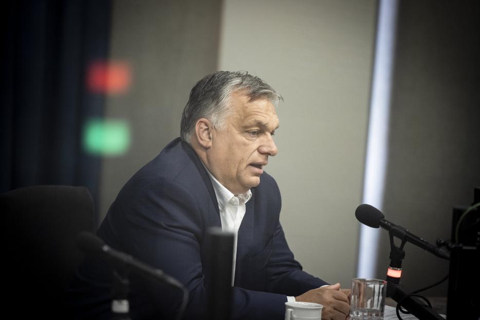 Orbán Viktor: Lehetővé tesszük a harmadik oltás felvételét