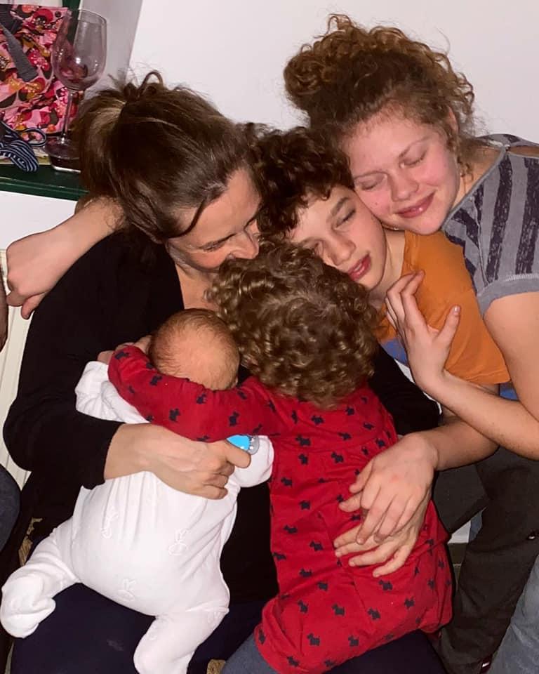 A Kelemen gyerekek és anyukájuk