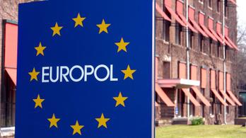Egy hét alatt több mint harminc gyerekkereskedőt kapcsolt le az Europol