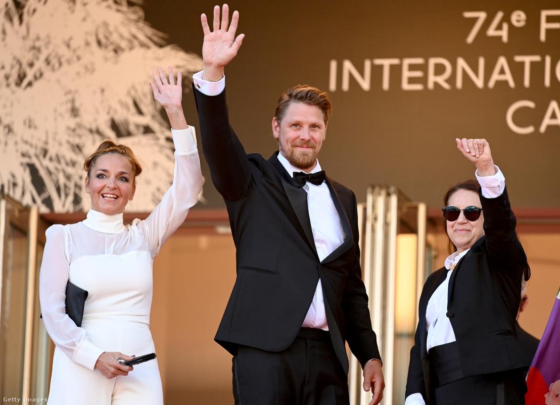 Mécs Mónika, Gijs Naber és Enyedi Ildikó Cannes-ban 2021. július 14-én