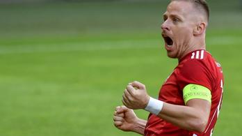 Dzsudzsák Balázst nyakon ragadták a Debrecen felkészülési meccsén
