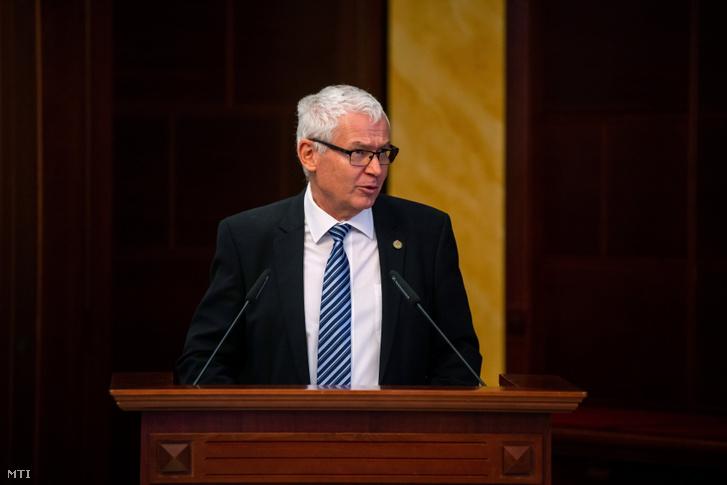 Polt Péter legfőbb ügyész egy konferencián a Kúria dísztermében 2021. június 25-én.