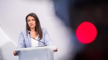 Novák Katalin nem foglalkozik a kémprogram ügyével