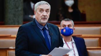 A Fidesz nem is érti, miért kellene összehívni a nemzetbiztonsági bizottságot az izraeli kémprogram ügyében