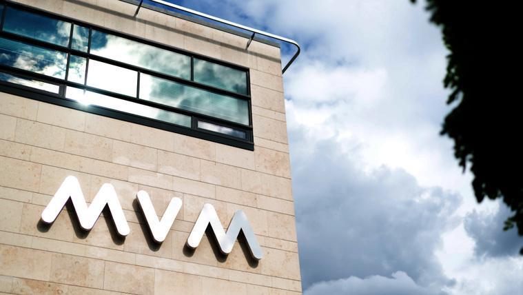 Csalók élnek vissza az MVM nevével