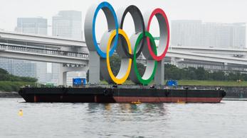 Hihetetlen baki miatt hazaküldtek hat lengyel úszót Tokióból